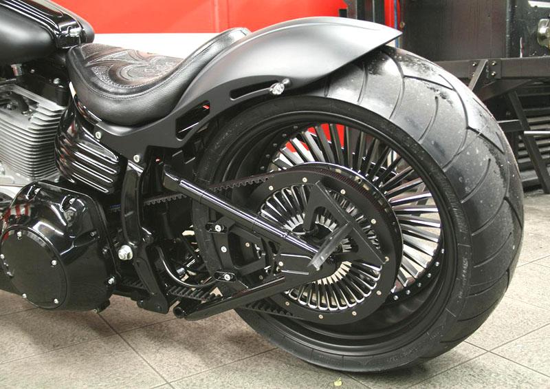 300 tire swingarm for harley-davidson rocker