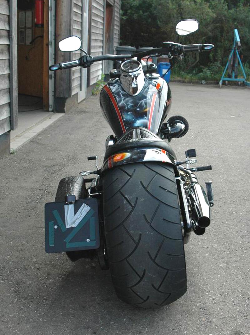 300 tire swingarm for harley twin cam fat boy