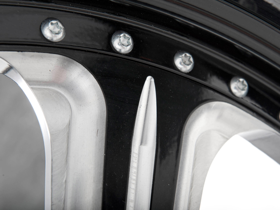 black v rod wheels 5