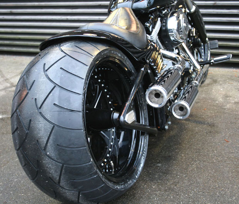wide tire swingarm for harley rocker c