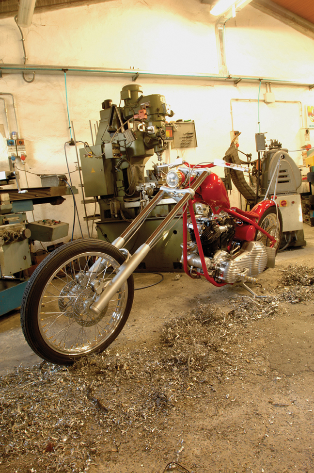 kustom tech chopper_18