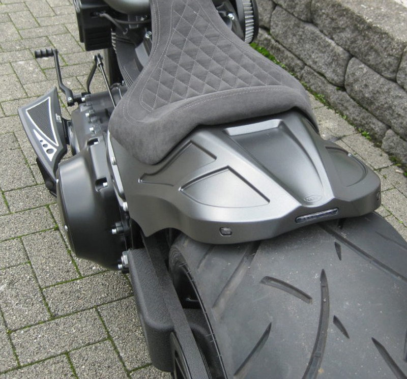 milwaukee eight fat boy floorboards 7