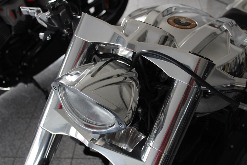 milwaukee eight headlight 1
