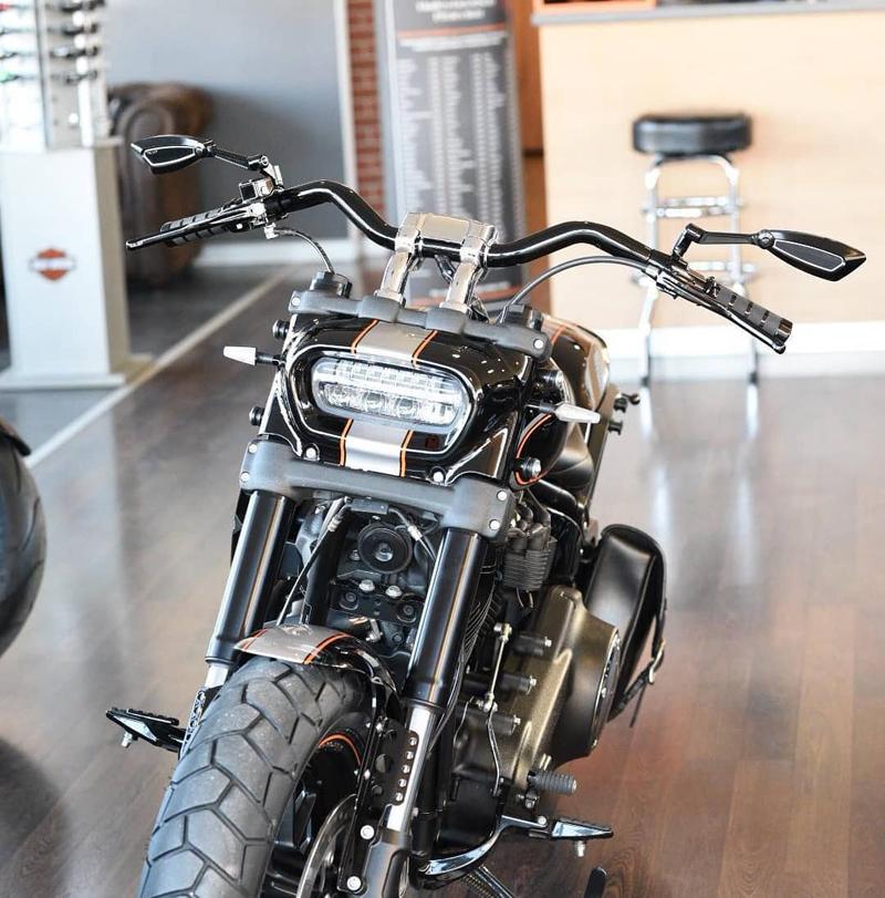 black custom motorcycle mirrors